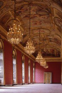 Galerie mazarine / source : BnF
